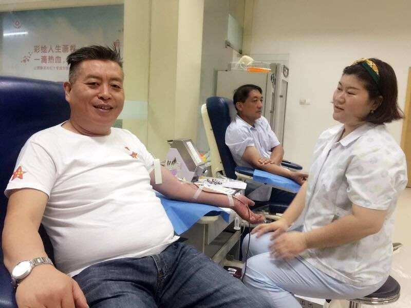 丰县正能量公益党员志愿者为灾区无偿献血1.2万毫升